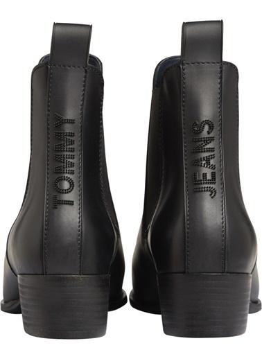Tommy Hilfiger Kadın Pın Logo Mıd Heel Chel Bot EN0EN00685 Siyah